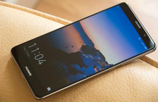 мощные смартфоны с большим экраном:Huawei Mate 9
